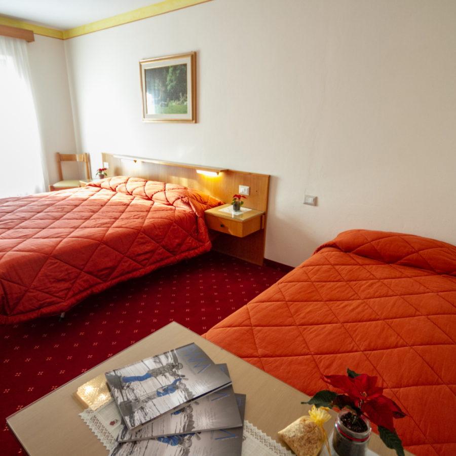 Hotel Stella Alpina Bellamonte Camera standard matrimoniale